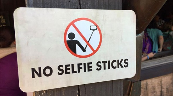No selfie sticks sign at Big Thunder Mountain Railroad