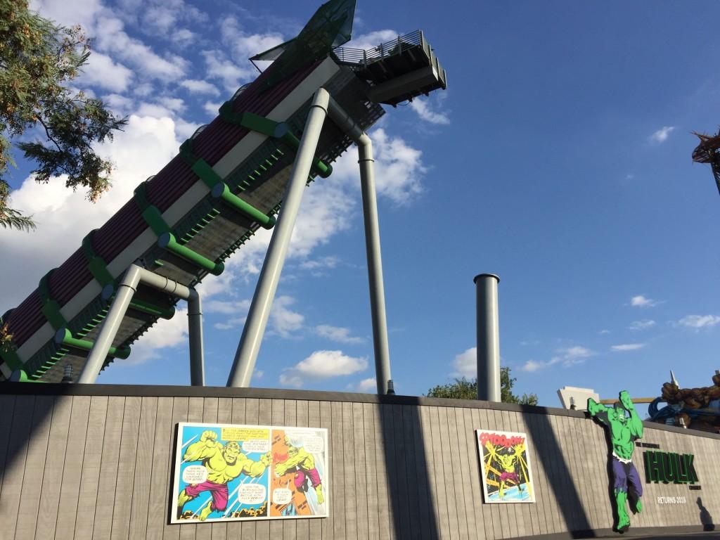 The Incredible Hulk Coaster refurbishment 2015 torn down
