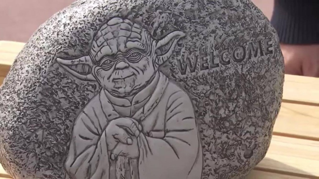 Epcot Flower and Garden Festival 2016 Yoda garden welcome rock