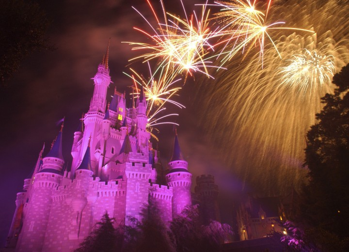 Watch the 2017 4th July Fireworks at Magic Kingdom!