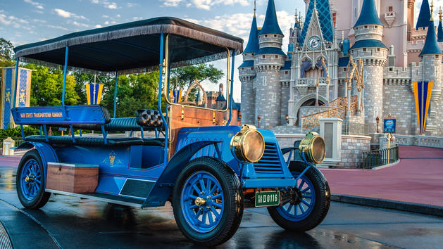Limited Time Character Meet & Greet with Purchase of Memory Maker at WDW