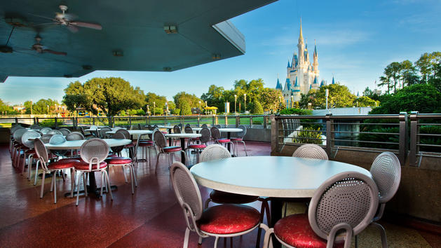 Magic Kingdom Joining Mobile Ordering at Walt Disney World!