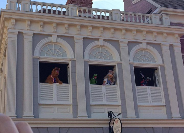 The Muppets Present… Great Moments in American History Review and Video