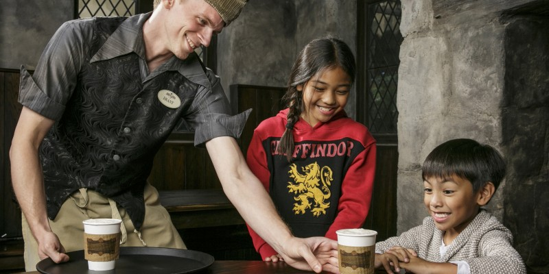 hot butterbeer being  served at the Wizarding World of Harry Potter at Universal Studios Hollywood