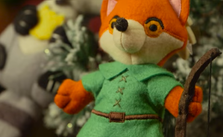 Christmas Merchandise Comes to US Disney Parks