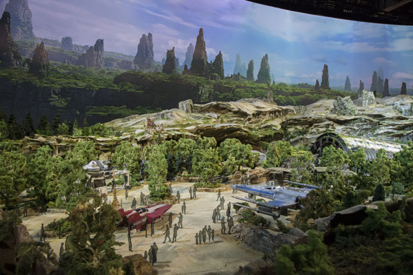 Star Wars Land Revealed in New D23 Model!