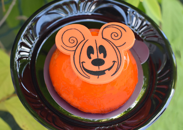 Pumpkin cheesecake dome at the 2017 Mickey's Not-So-Scary Halloween Party