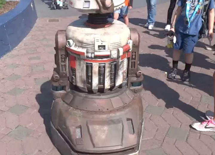 Disneyland Testing New Star Wars Droid in Tomorrowland