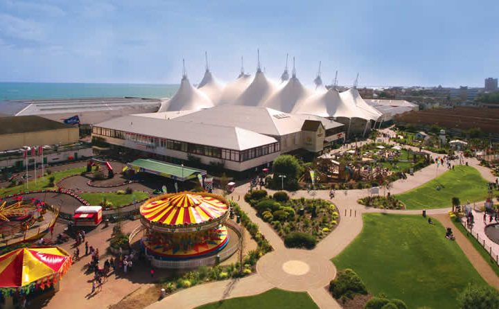 Episode 159 – We Read Out Poor Reviews of Butlins!