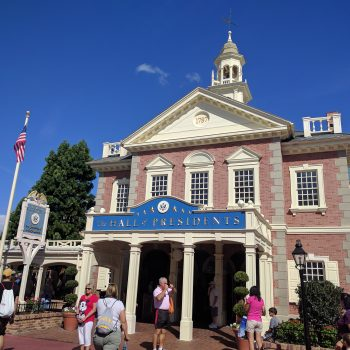 Poor Reviews of The Hall of Presidents and The American Adventure